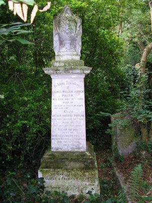 Pullum Grave